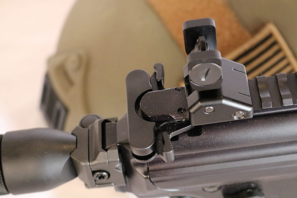 SIG MPX charging handle functions identically to that of an M4 but comes standard with bilateral latches.