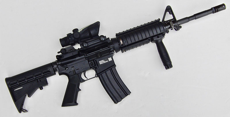 Right side of FN 15 Military Collector M4. Profile is very similar to GI-issue M4.