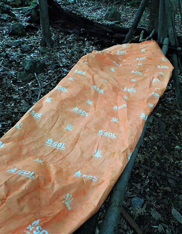 Lacking the mummy head covering and generous foot box of the Escape Pro Bivvy, the Escape Lite weighs less and has a simpler design.